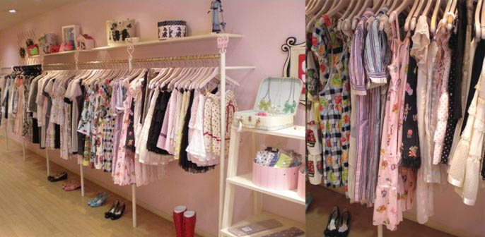 Emily Temple Cute sweet lolita dresses, skirts and blouses in Osaka Japan shop.