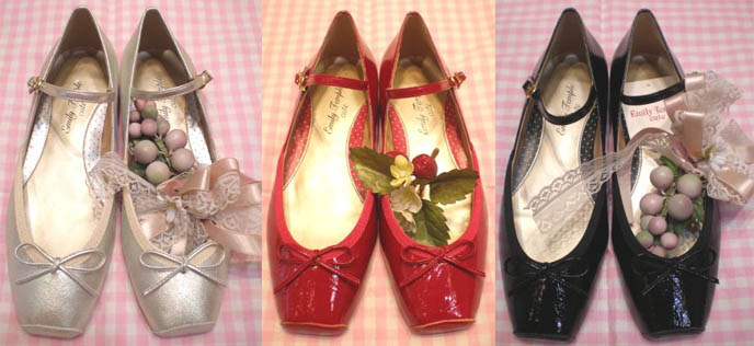 Adorable sweet lolita shoes, bow and fruit Rococo Marie Antoinette designer mary janes.