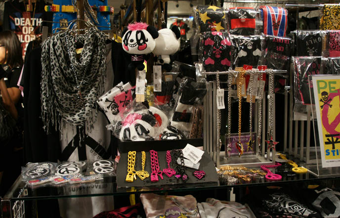 Super Lovers goth punk accessories, hipster leopard print scarves, emo diamond key and skull necklaces. Neon jewelry, Hot Topic alternative clothing.